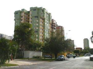 Apartamento En Venta En Maracay - Base Aragua Código FLEX: 19-980 No.0