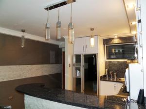 Apartamento En Venta En Maracay - Base Aragua Código FLEX: 19-980 No.6
