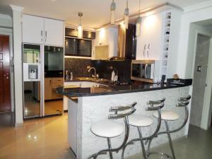 Apartamento En Venta En Maracay - Base Aragua Código FLEX: 19-980 No.8