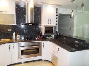 Apartamento En Venta En Maracay - Base Aragua Código FLEX: 19-980 No.9