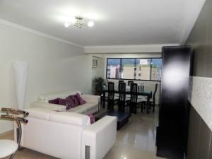 Apartamento En Venta En Maracay - Base Aragua Código FLEX: 19-980 No.12