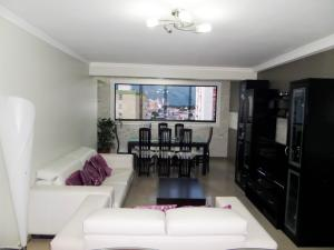 Apartamento En Venta En Maracay - Base Aragua Código FLEX: 19-980 No.13