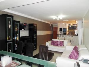Apartamento En Venta En Maracay - Base Aragua Código FLEX: 19-980 No.16