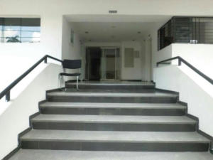 Apartamento En Venta En Maracay - Calicanto Código FLEX: 19-986 No.2