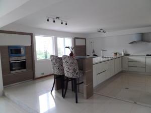 Apartamento En Venta En Maracay - Calicanto Código FLEX: 19-986 No.11