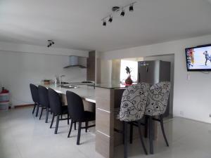 Apartamento En Venta En Maracay - Calicanto Código FLEX: 19-986 No.13