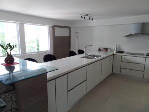 Apartamento En Venta En Maracay - Calicanto Código FLEX: 19-986 No.14