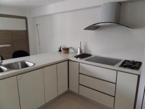 Apartamento En Venta En Maracay - Calicanto Código FLEX: 19-986 No.15