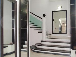 Apartamento En Venta En Maracay - El Centro Código FLEX: 19-995 No.3