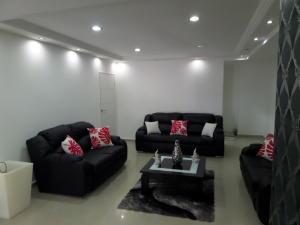 Apartamento En Venta En Maracay - El Centro Código FLEX: 19-995 No.6