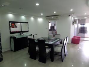 Apartamento En Venta En Maracay - El Centro Código FLEX: 19-995 No.7
