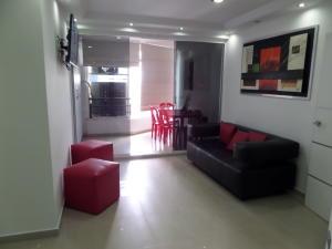 Apartamento En Venta En Maracay - El Centro Código FLEX: 19-995 No.11