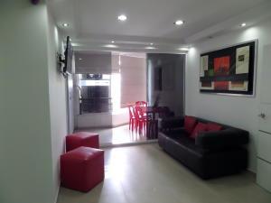 Apartamento En Venta En Maracay - El Centro Código FLEX: 19-995 No.12