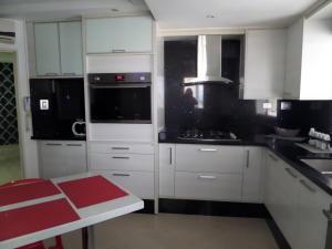 Apartamento En Venta En Maracay - El Centro Código FLEX: 19-995 No.17