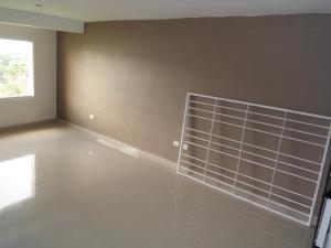 Apartamento En Venta En Maracay - Los Chaguaramos Código FLEX: 19-1010 No.5