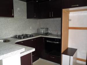 Apartamento En Venta En Maracay - Los Chaguaramos Código FLEX: 19-1010 No.7