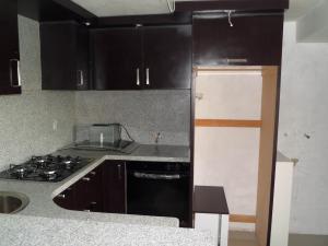 Apartamento En Venta En Maracay - Los Chaguaramos Código FLEX: 19-1010 No.12