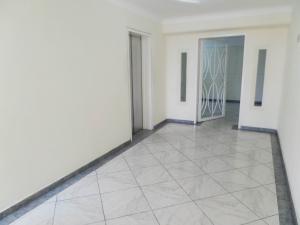 Apartamento En Venta En Maracay - Los Chaguaramos Código FLEX: 19-1013 No.6