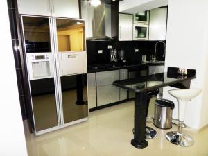 Apartamento En Venta En Maracay - Los Chaguaramos Código FLEX: 19-1013 No.14