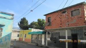 Casa En Venta En Maracay - La Coromoto Código FLEX: 19-1029 No.0
