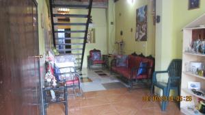 Casa En Venta En Maracay - La Coromoto Código FLEX: 19-1029 No.2