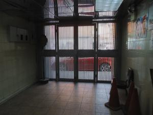 Local Comercial En Venta En Caracas - San Martin Código FLEX: 19-1037 No.6