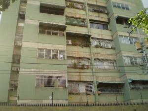 Apartamento En Venta En Maracay - San Miguel Código FLEX: 19-1040 No.1