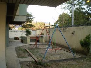 Apartamento En Venta En Maracay - San Miguel Código FLEX: 19-1040 No.6