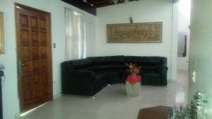 Casa En Venta En Maracay - La Floresta Código FLEX: 19-1085 No.4