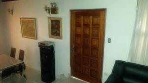Casa En Venta En Maracay - La Floresta Código FLEX: 19-1085 No.5