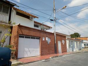 Casa En Venta En Maracay - La Maracaya Código FLEX: 19-1505 No.0