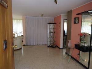 Casa En Venta En Caracas - Montalban I Código FLEX: 19-1090 No.2