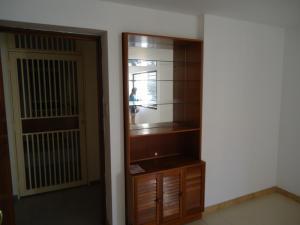 En Venta En Caracas - Colinas de Bello Monte Código FLEX: 19-1125 No.17