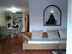 Casa En Venta En Higuerote - Puerto Encantado Código FLEX: 19-1127 No.1