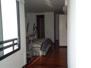 Apartamento En Venta En Caracas - La Alameda Código FLEX: 19-1129 No.16