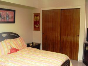 Apartamento En Venta En Maracay - La Floresta Código FLEX: 19-1132 No.6