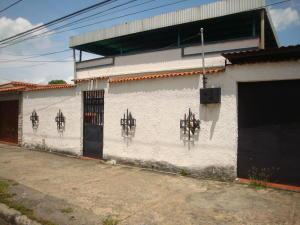 Casa En Venta En Maracay - El Hipodromo Código FLEX: 19-1139 No.0