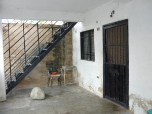Casa En Venta En Maracay - Pinonal Código FLEX: 19-1155 No.9