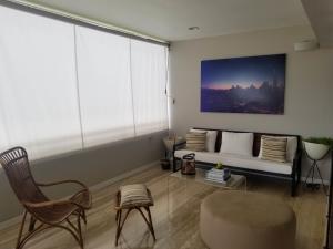 Apartamento En Venta En Caracas En La Castellana - Código: 19-1171