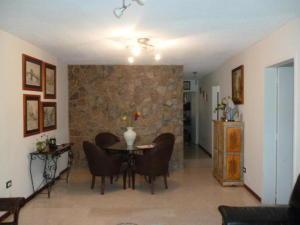 Apartamento En Venta En Caracas En La Castellana - Código: 19-1194
