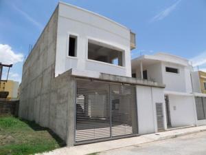 Casa En Venta En Maracay - Villas Ingenio I Código FLEX: 19-1227 No.2