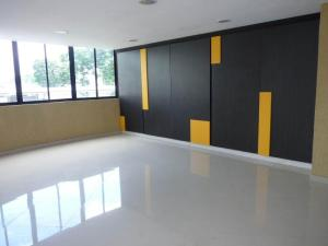 Apartamento En Venta En Maracay - San Jacinto Código FLEX: 19-1196 No.6