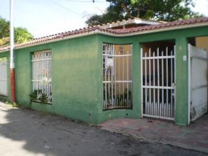 Casa En Venta En Maracay - El Limon Código FLEX: 19-1218 No.2