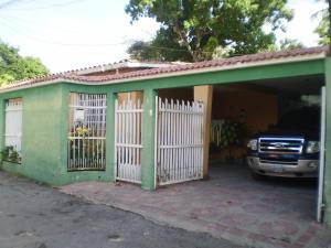 Casa En Venta En Maracay - El Limon Código FLEX: 19-1218 No.1