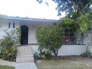 Casa En Venta En Maracay - El Castano (Zona Privada) Código FLEX: 19-1238 No.1