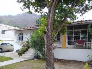 Casa En Venta En Maracay - El Castano (Zona Privada) Código FLEX: 19-1238 No.8