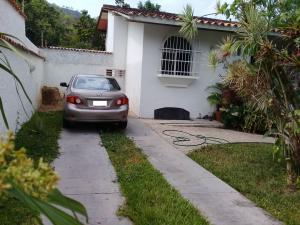 Casa En Venta En Maracay - El Castano (Zona Privada) Código FLEX: 19-1238 No.10
