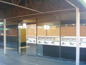 Local Comercial En Venta En Maracay - Urbanizacion El Centro Código FLEX: 19-1279 No.2