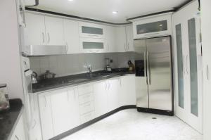 Apartamento En Venta En Caracas - El Paraiso Código FLEX: 19-1280 No.2