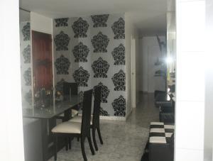 Apartamento En Venta En Caracas - El Paraiso Código FLEX: 19-1280 No.5